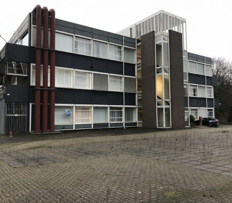 Representatief kantoorgebouw in Bussum